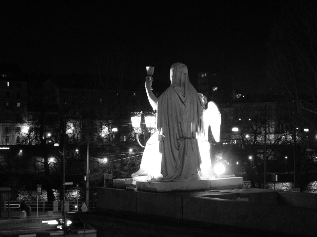 Esoterismo a Torino: compassi, cappucci neri e stelle a 5 punte