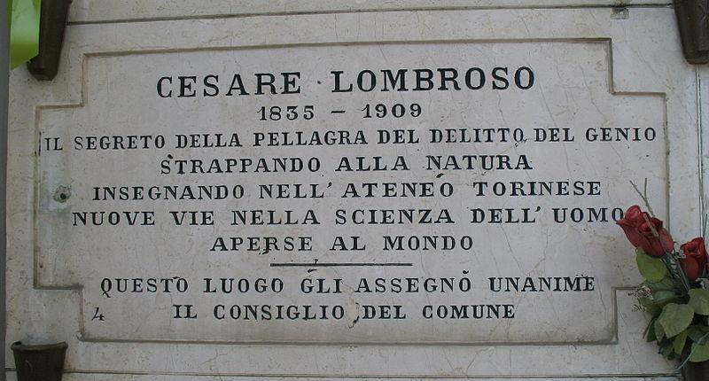 Da Gioberti a Lombroso, passando per Buscaglione: quanti torinesi riposano al Monumentale di Torino