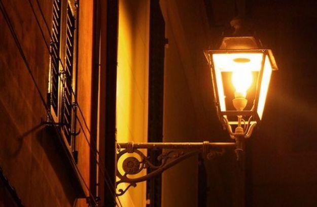 Storia illuminazione pubblica Torino