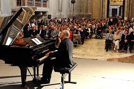 Torino suona nei grandi film con Einaudi