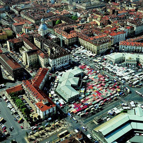 Porta Palazzo, alla scoperta del ventre di Torino