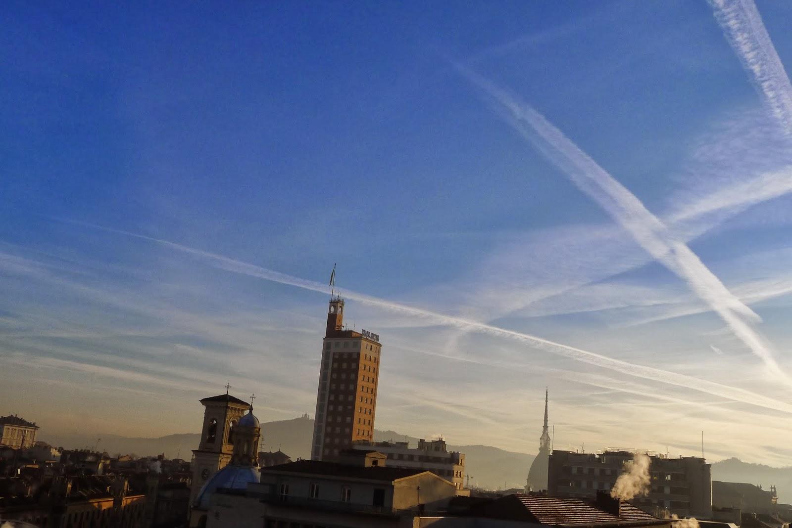 Torino Scie chimiche: quando il cielo fa paura