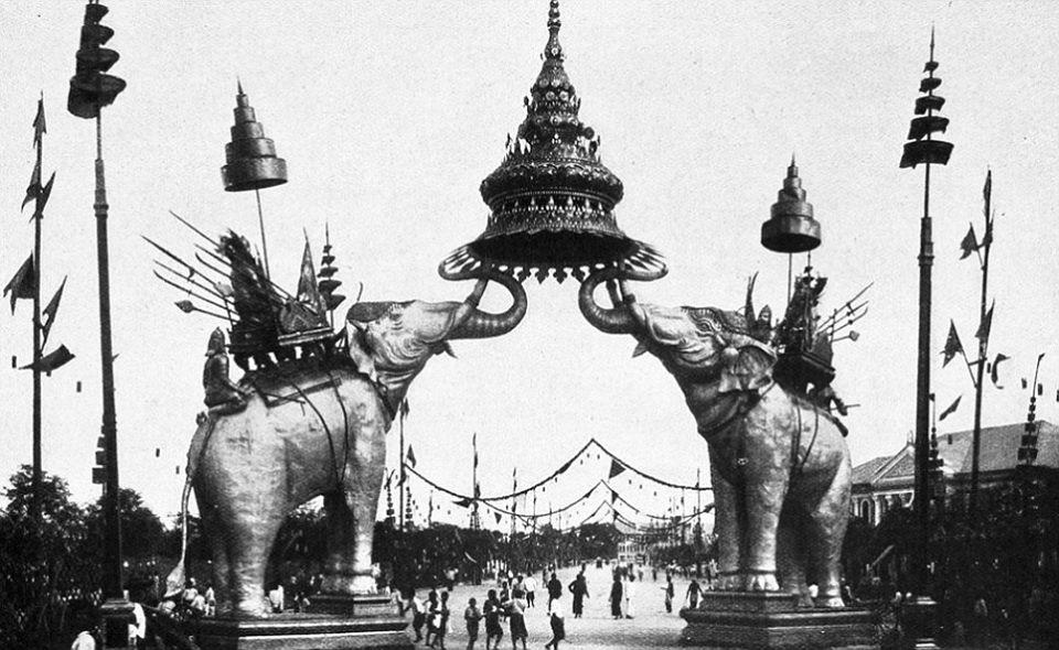 RAMA V La Mole a Bangkok. Gli elefanti a Torino