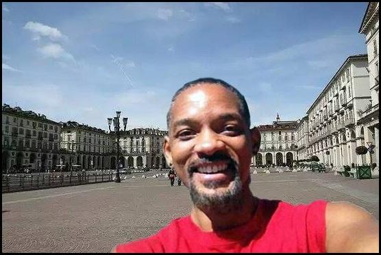 Will Smith visita Torino (ma è un fake)