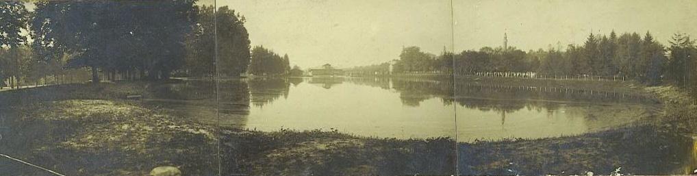 Il laghetto del Valentino, la prima vera pista di pattinaggio di Torino