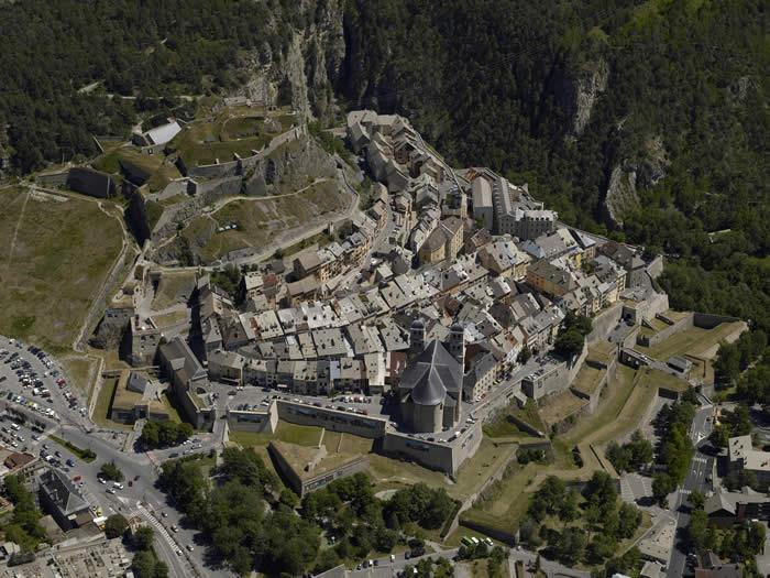 Il miracolo di Briançon: a Torino per riacquistare la vista