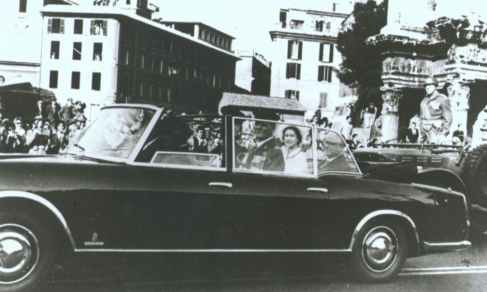5 Giugno 1957 inizia la produzione della Lancia Flaminia, la vettura del Presidente della Repubblica