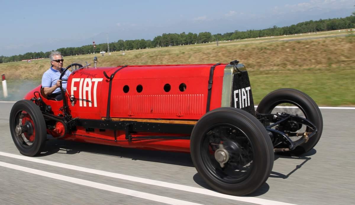 "8 giugno 1908: la ""Mefistofele"" di Felice Nazzaro tocca i 193km/h [Fonte: Scalemotocars.com]"