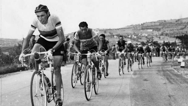 """Buon compleanno """"campionissimo"""": novantasei anni fa nasceva Fausto Coppi"""