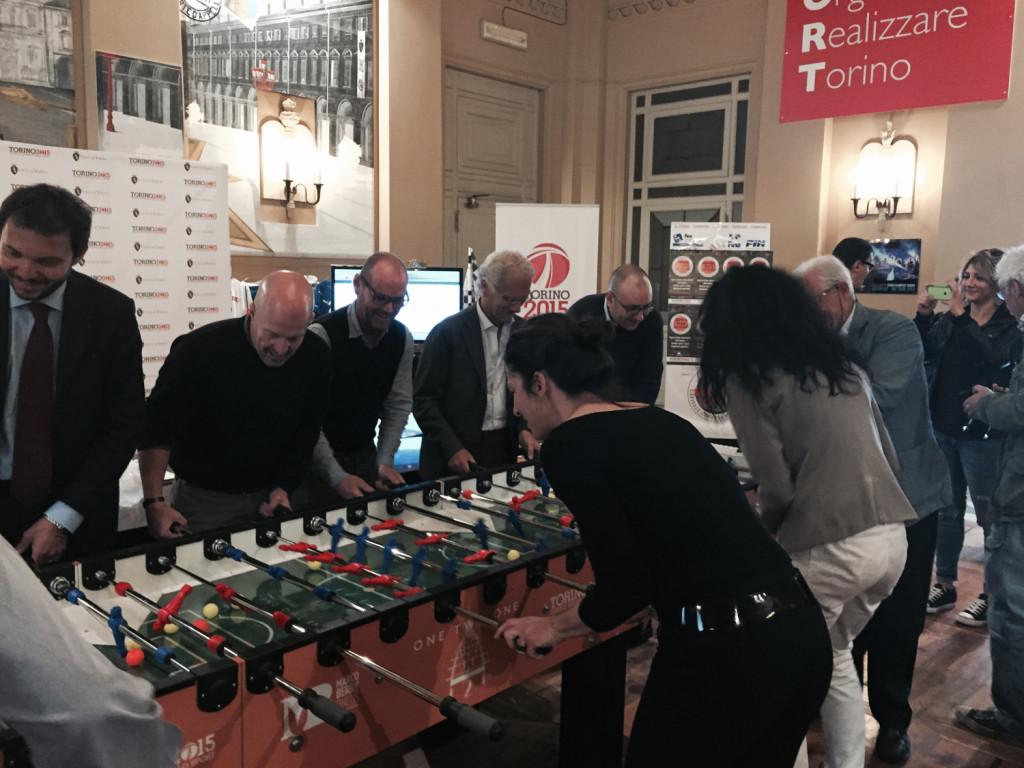 Calciobalilla, stasera in Via Roma si sfida il Guinnes per beneficienza