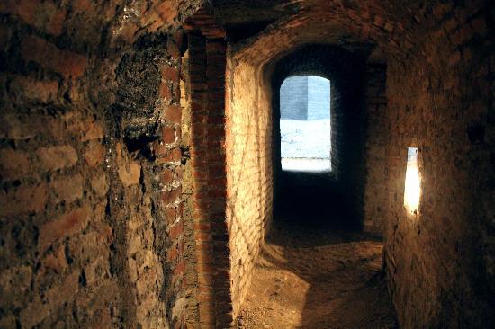 Apparizioni tra le gallerie di Pietro Micca..