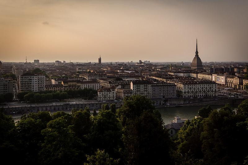 Torino esoterica : il tatuaggio premonitore della data della propria morte
