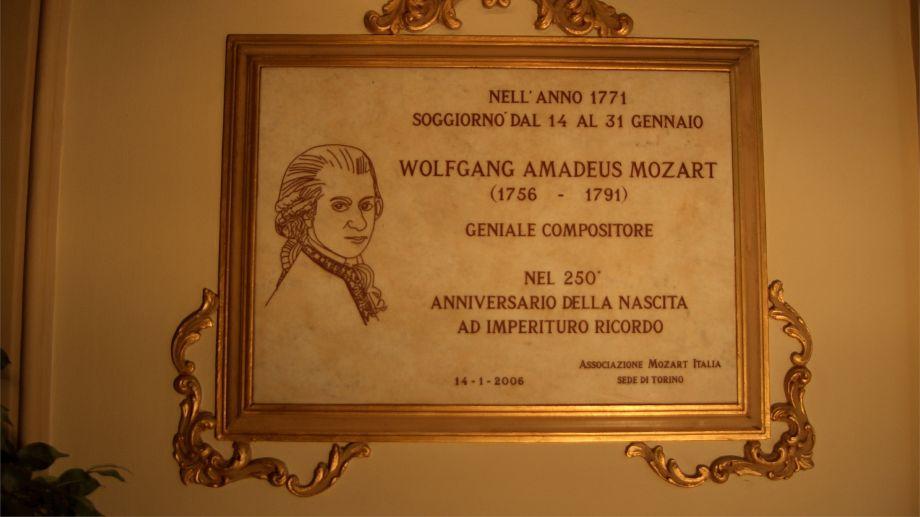 I 300 anni di attività dell'albergo più antico di Torino