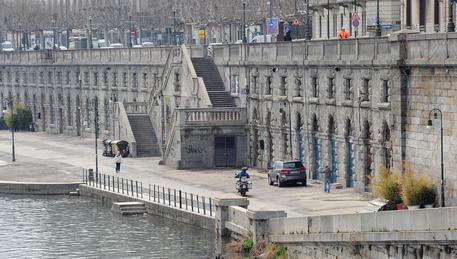 8 giugno scade bando arcate Murazzi, intanto continua la pulizia delle facciate [fonte ansa.it]