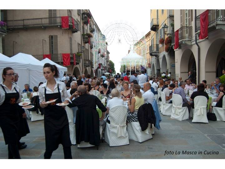 Mille Luci nel Piatto: un successo la cena nel centro di Cuneo
