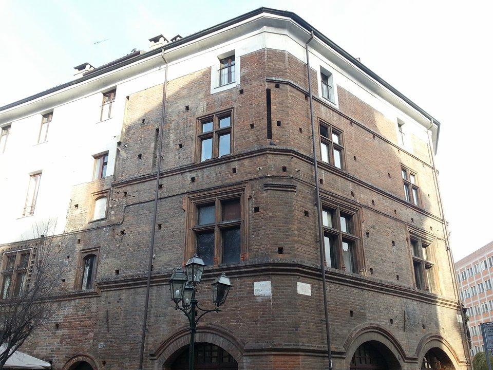 Casa broglia mole24 - La casa della lampadina torino ...