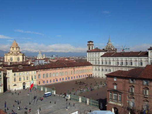 Torino, il 92% degli alberghi è pieno a Capodanno: bene anche i consumi