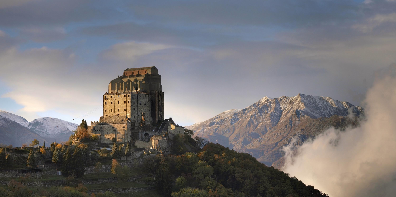 Sacra di San Michele, i Rosminiani si autofinanziano il restauro