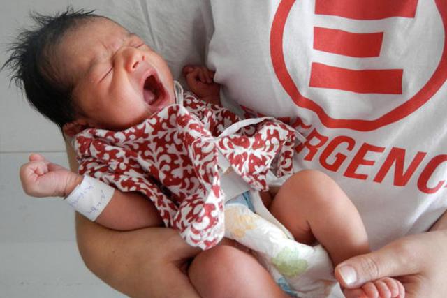 Santena (To) - Anabah: raccolta tappi di Emergency per il Centro Maternità in Afghanistan