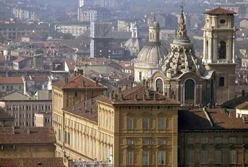 Torino, la Cappella della Sindone riapre nel 2018: lavori terminati