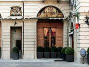 Il ristorante Del Cambio e il Magazzino 52 sono i migliori locali in cui degustare del buon vino
