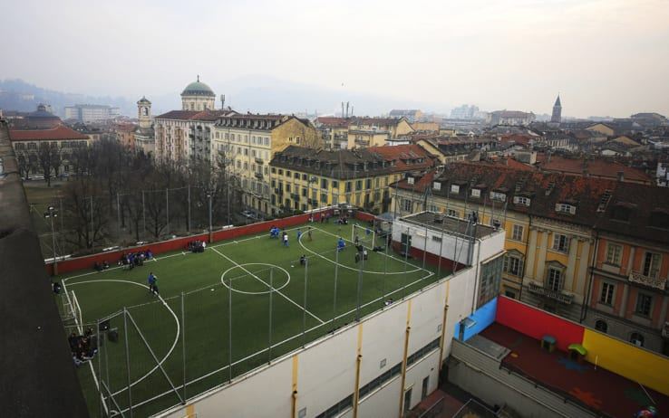 Torino il campo da calcetto del collegio san giuseppe è uno dei