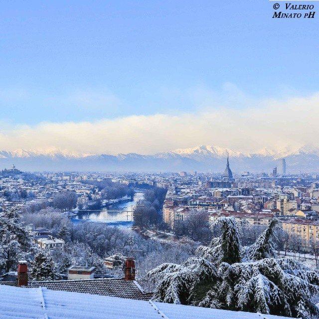 Meteo, Torino si prepara a una settimana instabile: pioggia, sole e neve in questi giorni