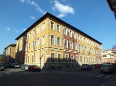 Vandali alla scuola elementare Battisti di Torino: struttura danneggiata sabato sera