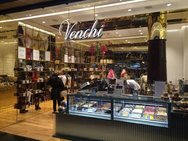 Venchi apre a Torino: la storica cioccolateria piemontese sceglie il centro