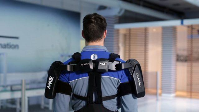 Nasce a Torino l'esoscheletro per lavoratori che fa diminuire gli sforzi