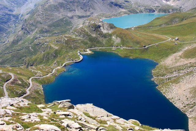 Lago Agnel: uno specchio blu famoso in tutto il mondo!