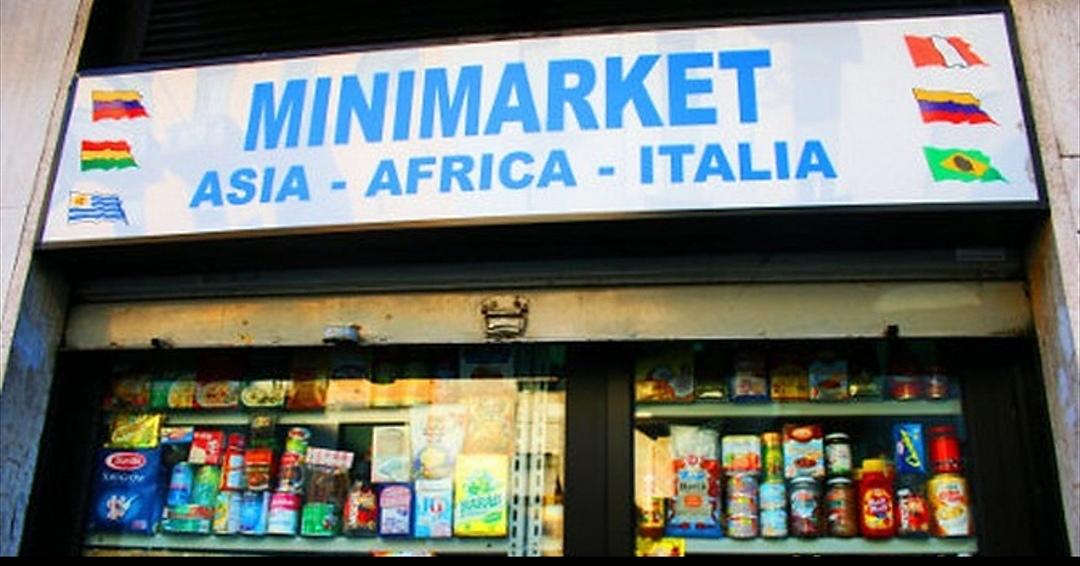 Minimarket stranieri, a Torino il centro si popola di negozi etnici ...