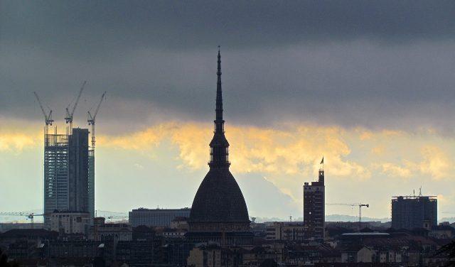 Torino con 12 grattacieli nel 2030: in Comune il progetto di un architetto innovatore