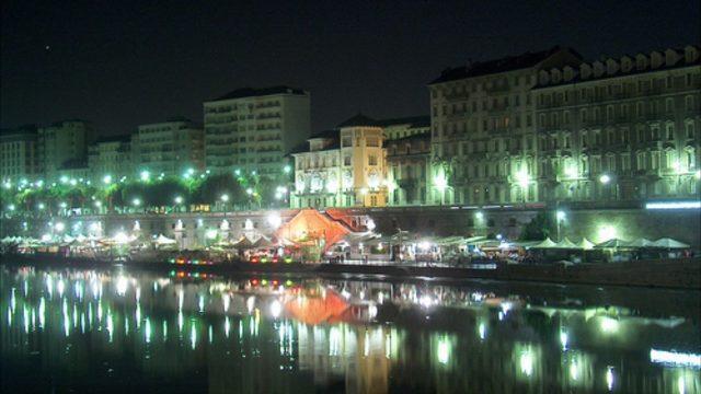 A Torino i Murazzi riapriranno, ma solo con la buona movida: la proposta di Appendino per il rilancio