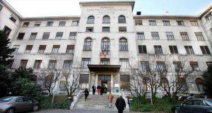 Ospedale Sant'Anna, parto record con cisti di 18 centimetri: salvate mamma e neonata