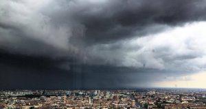 Meteo, a Torino torna la pioggia: dopo il nubifragio di ieri sono previsti altri temporali