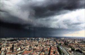 Meteo, a Torino e in Piemonte è allerta gialla per violenti temporali con grandine e vento