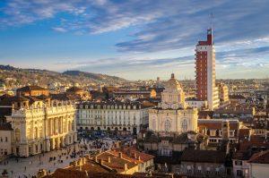 Turismo, a Torino il settore sempre più in crescita: boom di presenze in alberghi e Airbnb
