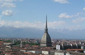 Meteo, a Torino un'altra settimana di tempo instabile: temporali all'inizio poi sole