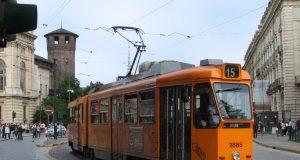 Rivoluzione Gtt, a Torino si inizia con i tram: al via priorità semaforica e taglio delle fermate